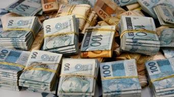 r  dinheiro